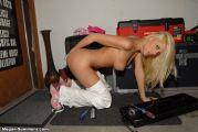 Домашние фото блондинки